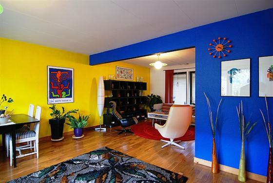 parede-azul-e-amarela-custom1