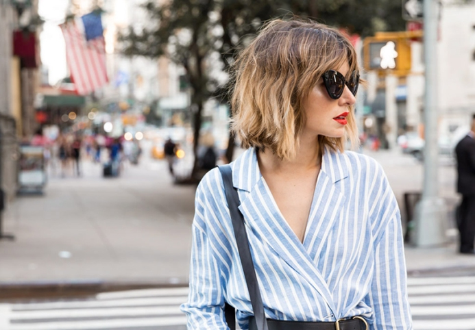 tendencia-camisa-listrada-em-azul-e-branco-gabrielafurquim